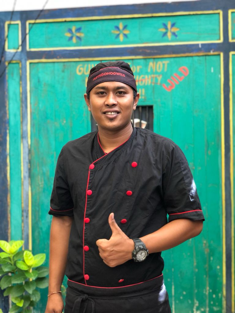Wayan kitchen captain
